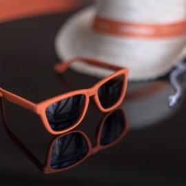 Gafas de sol para regalar Fundación Josep Carreras