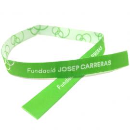 Pulseras de tela verde solidaria Fundación Josep Carreras catalán