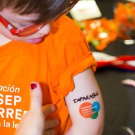 Tatuajes solidarios para niños contra el cáncer Fundación Josep Carreras